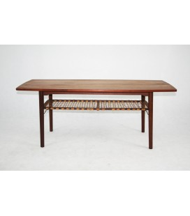 Stół, ława klubowa