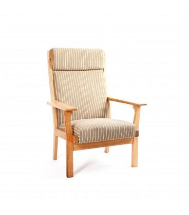 Fotel projektu Hans Jorgensen Wegner