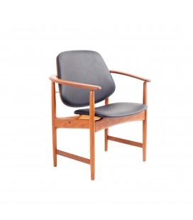 Fotel projektu Arne Hovmand Olsen. Dania, Lata 60-te.